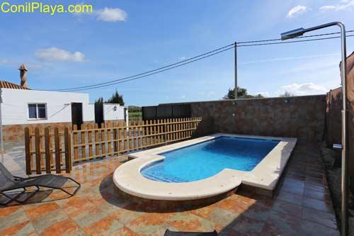 Chalet con piscina en El Palmar en zona tranquila y muy cerca de la playa.