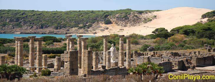 Ruinas de Baelo Claudia y duna de Bolonia