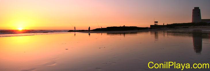 El Palmar es una playa muy amplia.