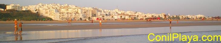 Playa de El Chorrillo y comienzo de la playa de Los bateles.