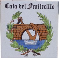 azulejo que se encuentra en la bajada de la Cala del Frailecillo