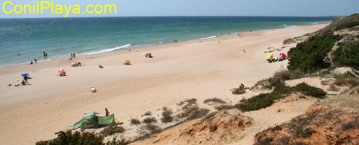 La playa del Puerco es una playa virgen poco masificada.