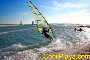 Windsurf en Conil.