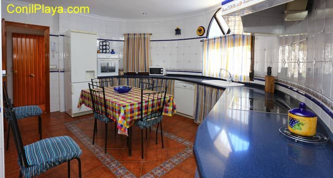 Mesa comedor de la cocina