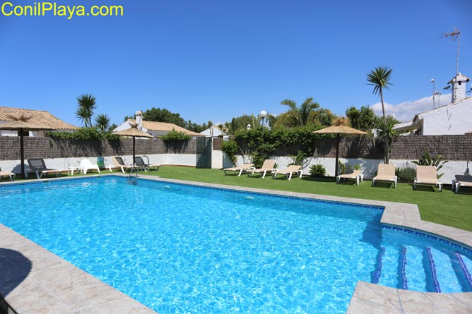 Alquiler en Zahora con piscina.