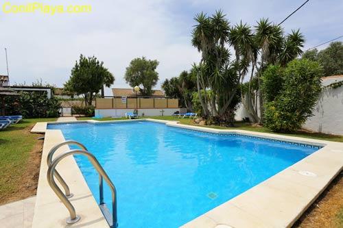 chalet en Zahora con jardin y piscina